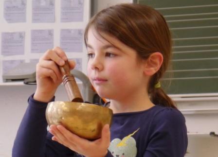Maedchen-mit-Klangschule_web